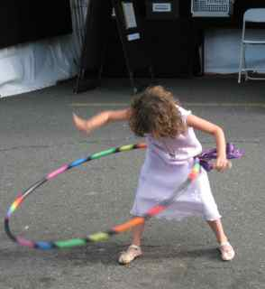 Tiburon Art Festival- Tara Mini with Hula Hoop 2